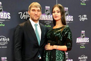 Жена Овечкина будет рожать в США. На нее разозлились в России