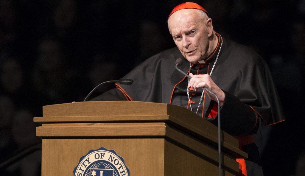 Бывшего архиепископа Вашингтона лишили сана. Его подозревают в сексуальном насилии