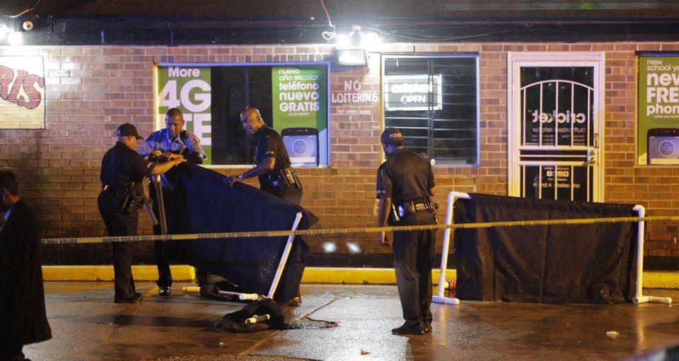 В Новом Орлеане двое неизвестных открыли огонь по толпе: есть погибшие