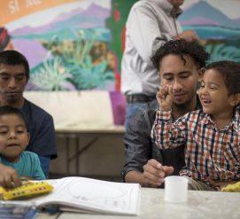 57 детей-иммигрантов вернулись к родителям. Их должно быть 103