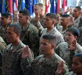 Иммигрантов увольняют из американской армии, а проверки безопасности длятся годами