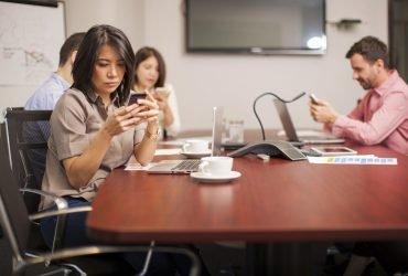Почему вам нужно отключить оповещения на смартфонах