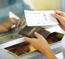 Более 700 000 иностранцев остались в США по просроченным визам
