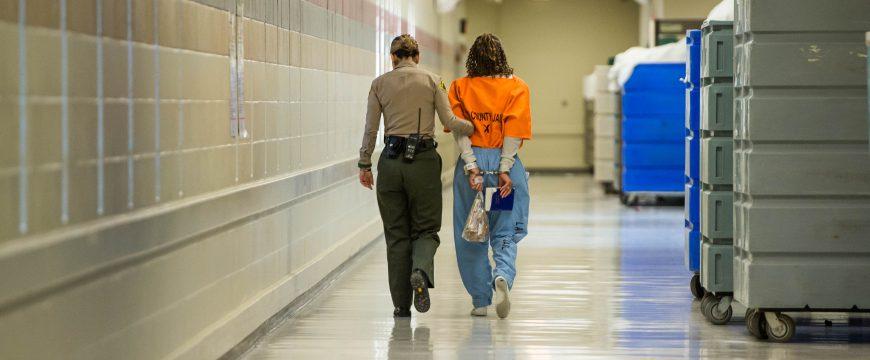 Калифорния станет первым штатом, где отменят выход из тюрьмы под залог