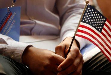 Иммигранта лишили гражданства за насилие над падчерицей