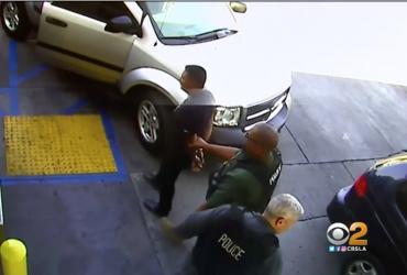 Иммиграционная полиция арестовала иммигранта, когда он вез беременную жену в больницу