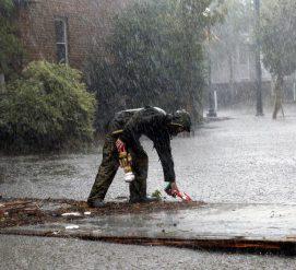 Как помочь пострадавшим от тропического шторма Флоренс