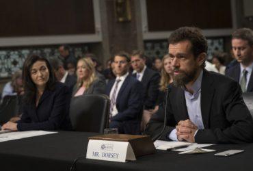 «Не справились»: Facebook и Twitter дали показания в сенате по российскому вмешательству
