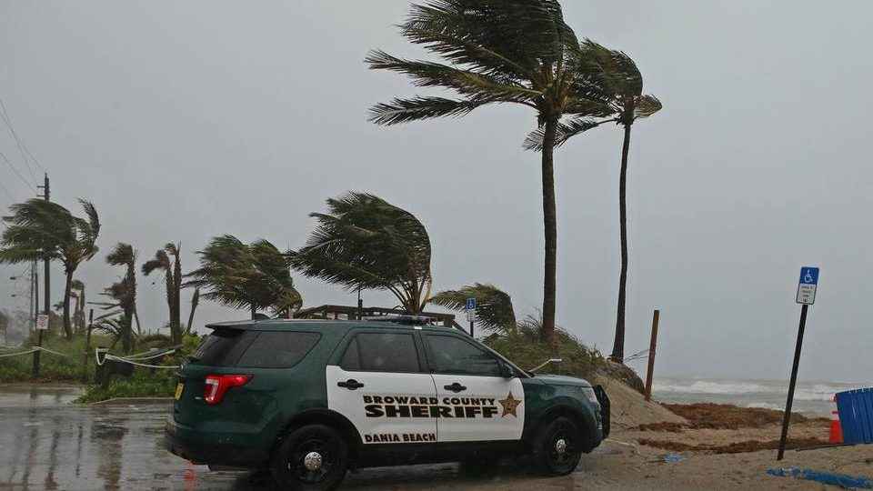 """В Миссисипи и Луизиане объявили чрезвычайное положение из-за тропического шторма """"Гордон"""""""