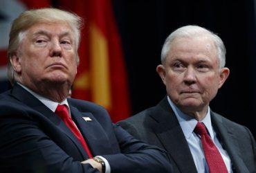Трамп раскритиковал Сешнса из-за обвинений республиканцев в коррупции