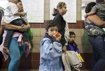 Иммиграционная полиция задерживает спонсоров детей-нелегалов