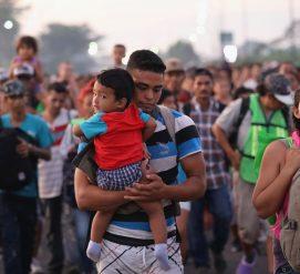 Мексика предложила работу и документы мигрантам из каравана, но они хотят жить в США