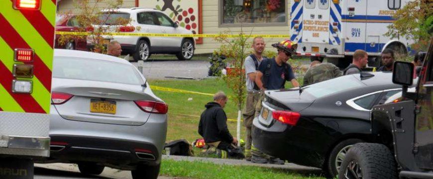 В штате Нью-Йорк лимузин сбил пешеходов, погибли 20 человек