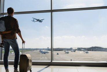7 советов, как купить дешевые билеты на самолет в сезон отпусков