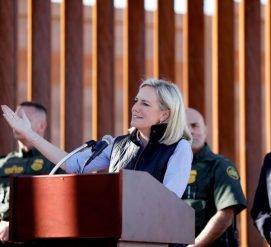 На границе США и Мексики открыли первую часть стены