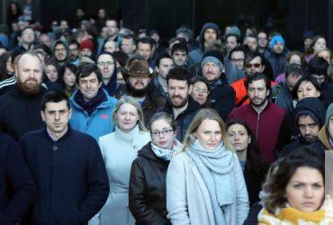 Сотрудники Google по всему миру устроили акцию протеста против сексуальных домогательств
