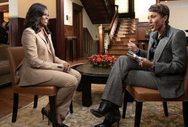 Выкидыш, семейный психолог и Трамп: Мишель Обама опубликовала откровенную книгу