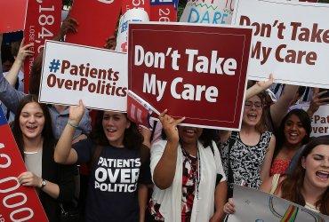Федеральный судья признал неконституционной реформу Obamacare