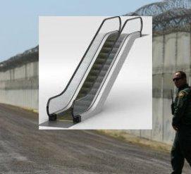 Американцы собирают деньги на установку лестниц возле мексиканской стены
