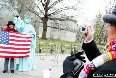 Для россиян подорожает туристическая виза в США