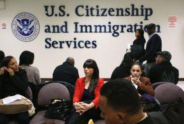 Какие сервисы и программы иммиграционной службы не работают во время шатдауна