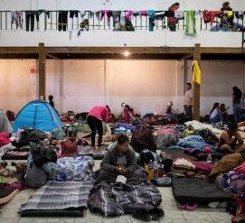 СПИД и дырки в заборе: почему караван мигрантов не ждет убежища в Мексике