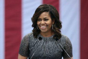 Мишель Обама стала самой уважаемой женщиной США. Она обогнала Хиллари Клинтон впервые за 17 лет