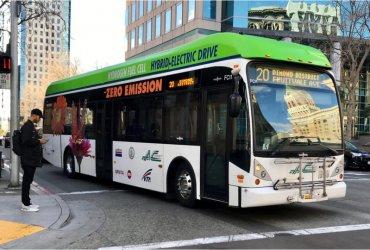 Калифорния полностью перейдет на электрические автобусы