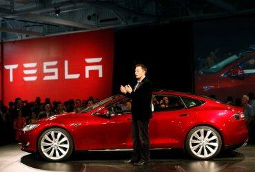 Tesla отказывается от дешевых автомобилей Model SиModel X