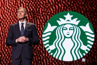 Бывший глава Starbucks планирует баллотироваться в президенты. Это никому не нравится