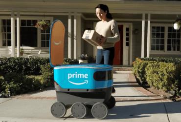 Amazon тестирует роботов для доставки заказов – они уже ездят в Сиэтле (видео)