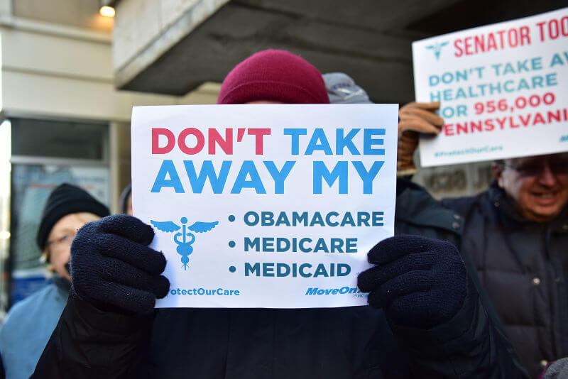 Obamacare sucks canvas print by morningdance