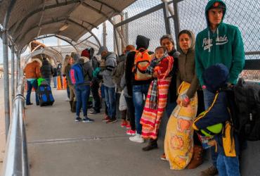 Как шатдаун влияет на рассмотрение заявок по убежищу
