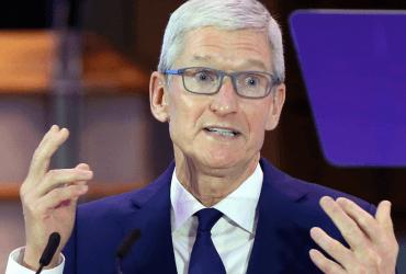 Apple снизила прогноз прибыли из-за Китая. Фондовые рынки рухнули