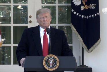 Дональд Трамп договорился с демократами об окончании шатдауна. На несколько недель