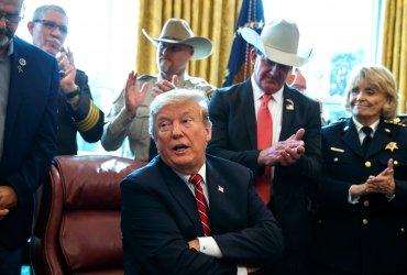 Трамп наложил свое первое вето на решение конгресса — чтобы построить стену