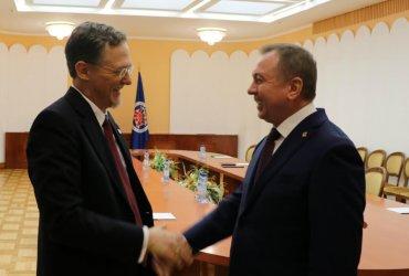 Беларусь сняла ограничения на число дипломатов из США