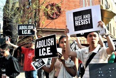 Как иммиграционная полиция следит за акциями против Трампа