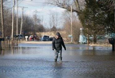 В Небраске самое сильное наводнение за последние 50 лет: жителей Среднего Запада эвакуируют