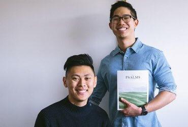 Библия и псалмы для миллениалов: путь к Богу через красивую обложку