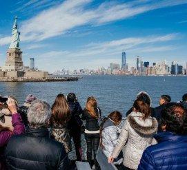 США и Россия снизили стоимость туристических виз