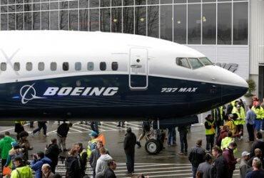 """В США и России запретили самолеты """"опасной"""" модели Boeing"""