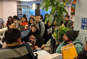 Языковая школа в Нью-Йорке скрывала, что ее лишили лицензии, чтобы собрать со студентов деньги за обучение