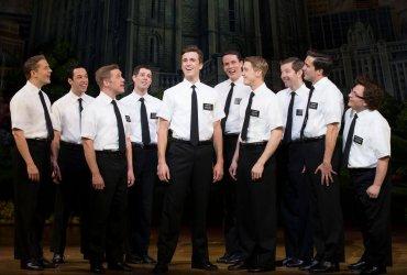 Мормоны теперь признают однополые браки. И разрешают геям крестить своих детей