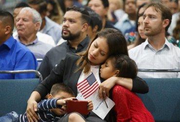 Фудстемпы за счет друзей: спонсоров обяжут оплачивать соцльготы иммигрантов