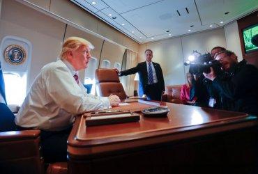 Fox News и отсутствие сна: как Трамп летает на президентском самолете