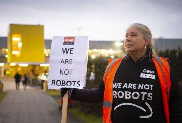 Страна трудоголиков: Amazon автоматически увольняет сотрудников за непродуктивность