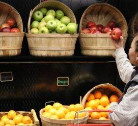 Доступная еда: Lyft запускает дешевые поездки в магазин. Зачем это нужно?