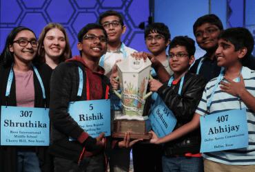 Конкурс на грамотность Spelling Bee выиграли сразу восемь детей. Что это за игра?