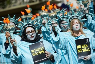 Всемирный день беженцев: почему в США принимают в три раза меньше переселенцев